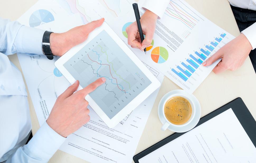 photodune-3853785-business-analytics-s